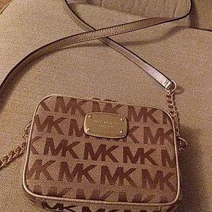 Nwot Michael Kors crossbody purse